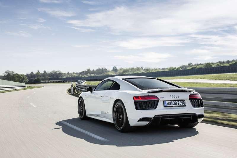 Audi показала свою первую заднеприводную модель