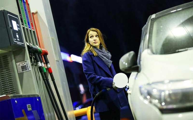 Бензин в РФ может подорожать в1,5 раза— «Роснефть»