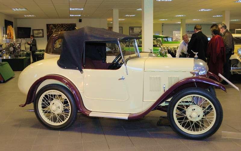 Первый автомобильный проект— спортивный алюминиевый кузов дляAustin Seven