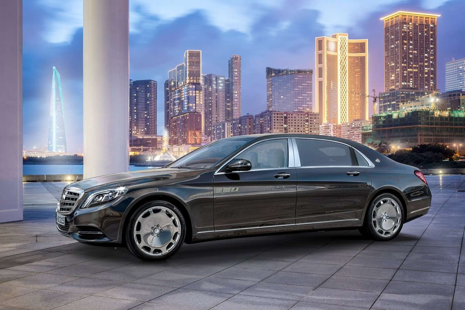 Mercedes-Benz-S-Class_Maybach_2016_1600x1200_wallpaper_07