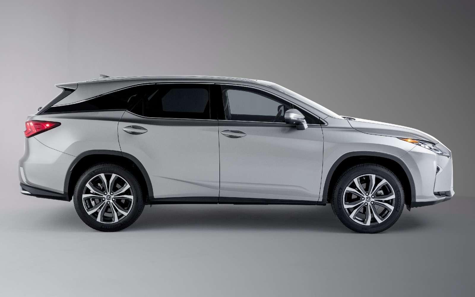 Удлиненный Lexus RXоценили вРоссии дешевле стандартного— фото 834436
