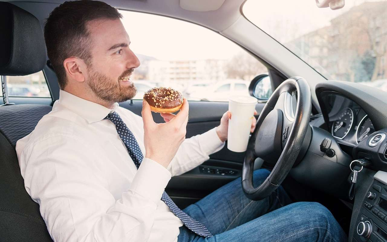 ГИБДД будет бдительнее следить за сытыми водителями летом