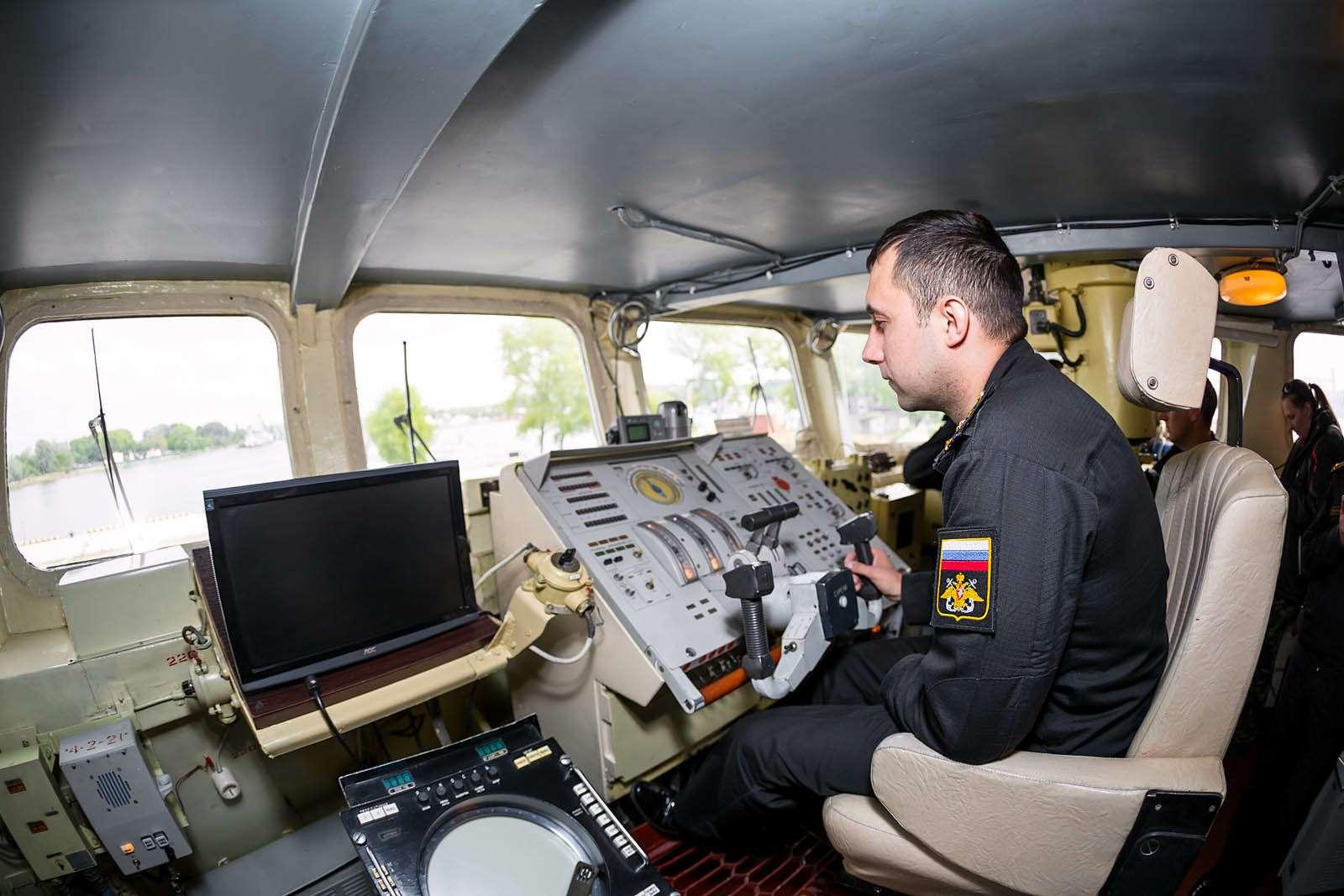 Малый десантный корабль Зубр: самый большой навоздушной подушке— фото 612057