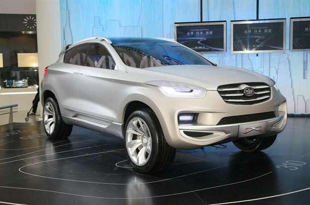 FAWXдебютировал вкачестве High-Tech SUV