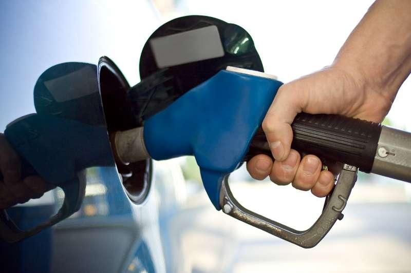 gas-pump_100311665_l