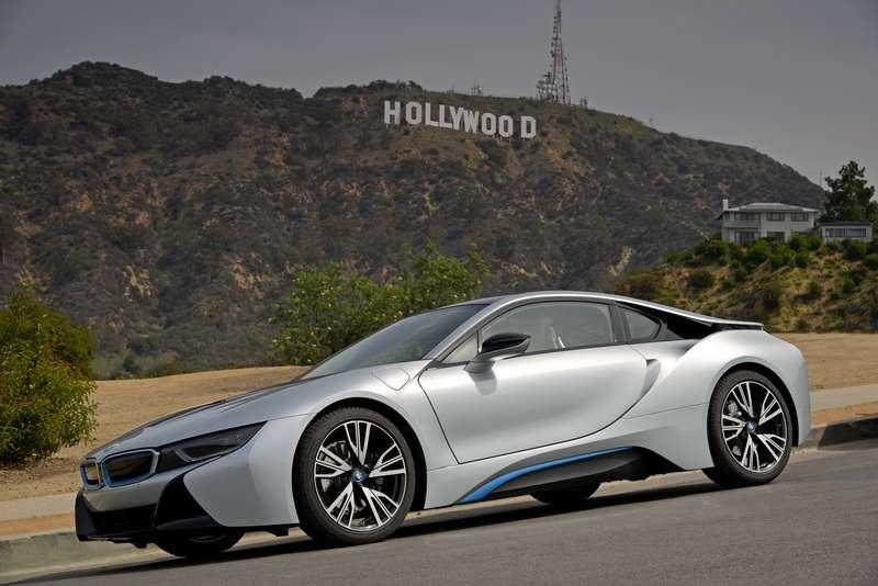 077_BMW_i8