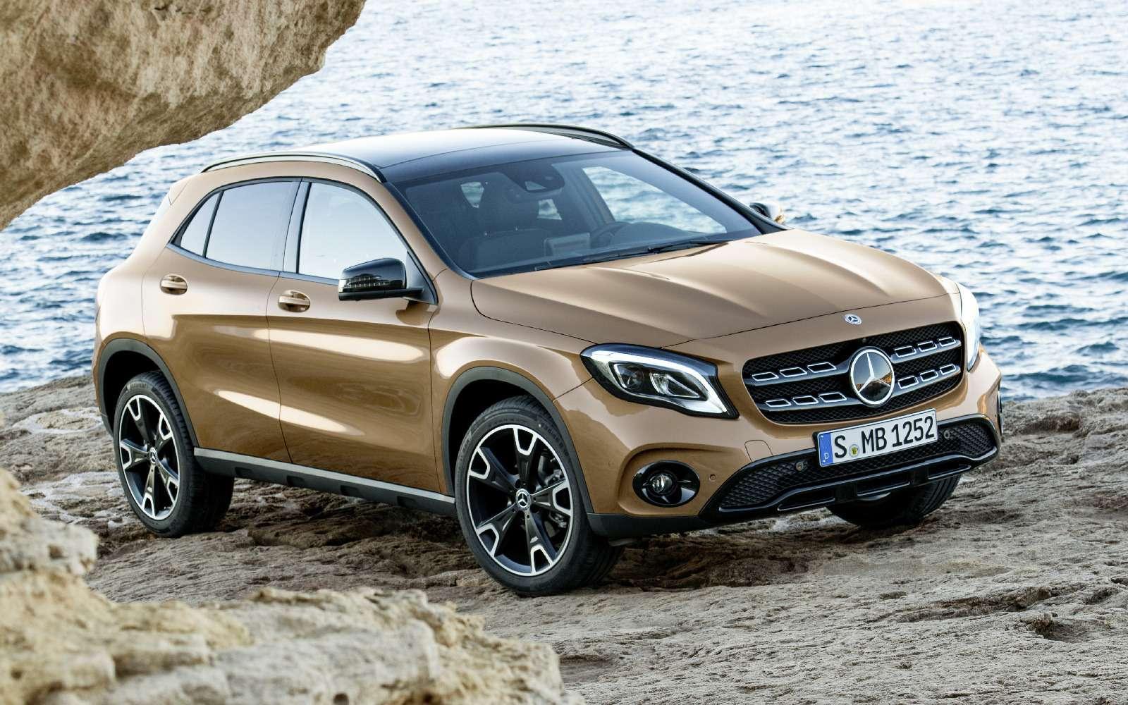 Mercedes-Benz GLA стал краше, нонепросторнее— фото 690073