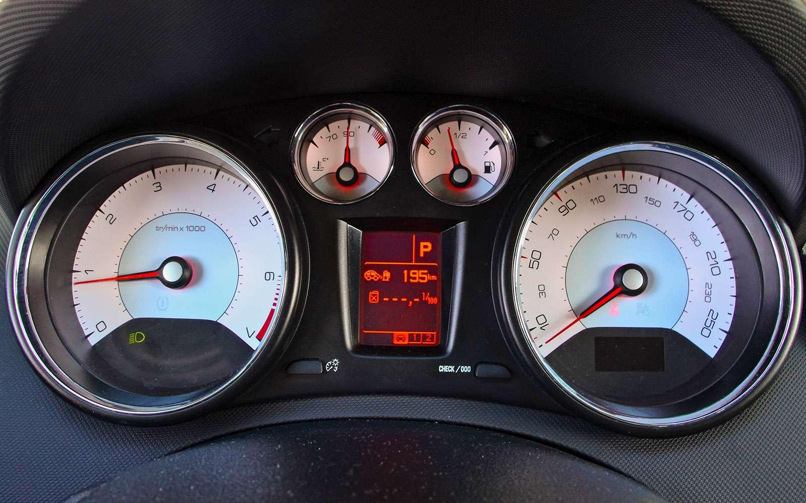Обновленный Peugeot 408— тест-драйв ЗР— фото 779133
