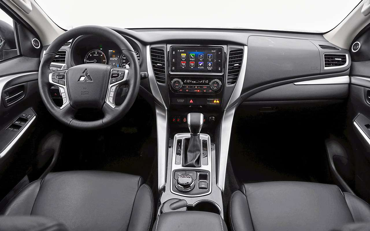 Toyota Fortuner, Mitsubishi Pajero Sport, Kia Mohave  — супертест — фото 855676
