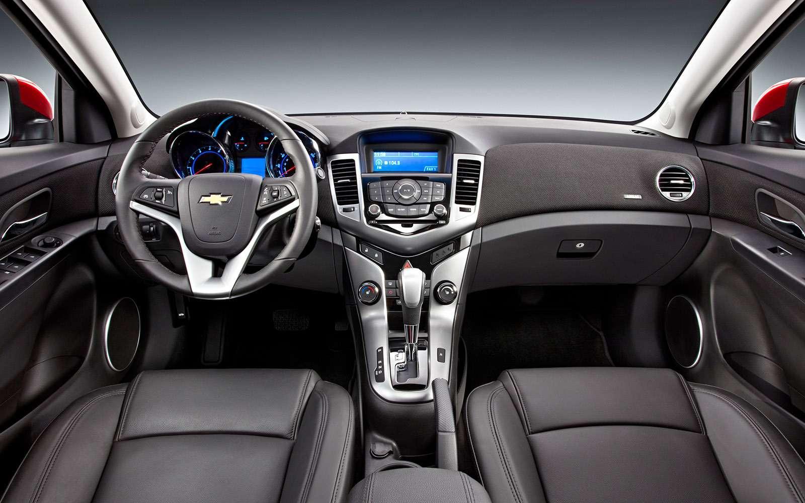 Chevrolet Cruze спробегом: плюсы иминусы— фото 651622