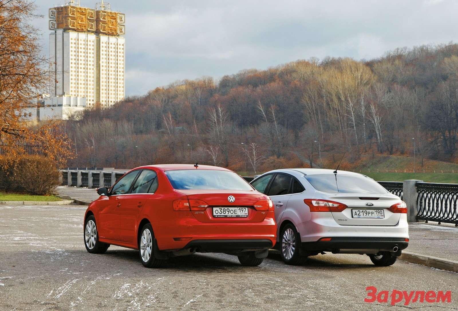 Volkswagen Jetta иFord Focus III
