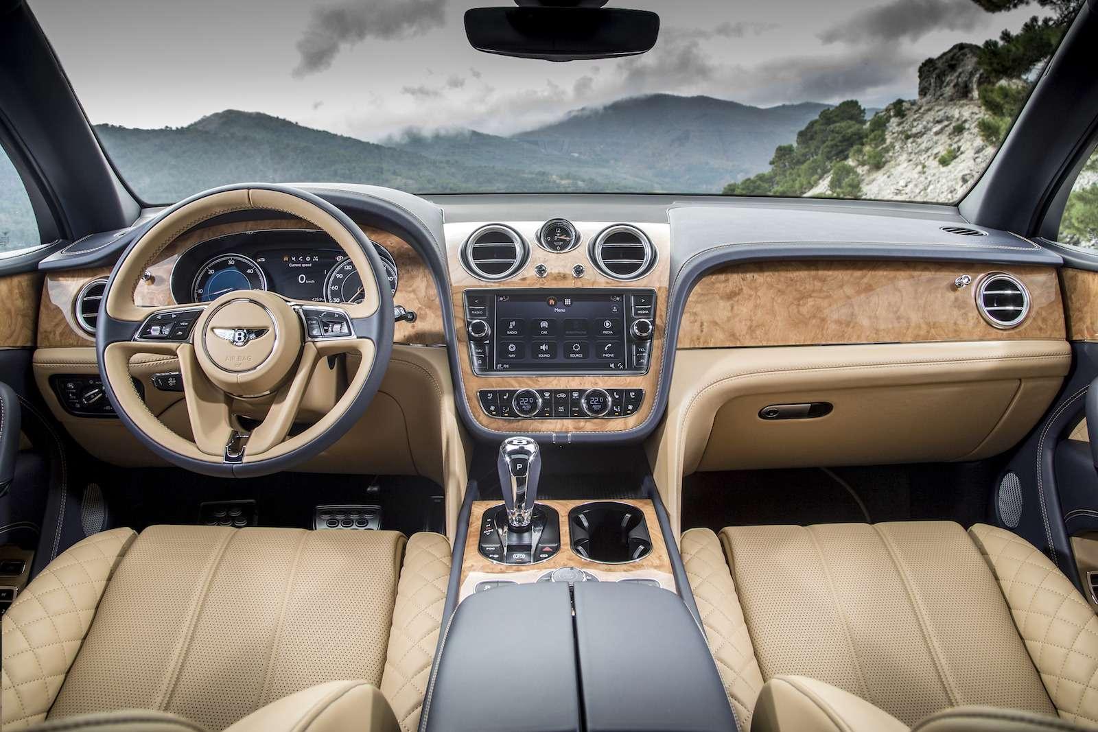 Bentley Bentayga Diesel: 4,8до сотни— самая медленная версия!— фото 884151