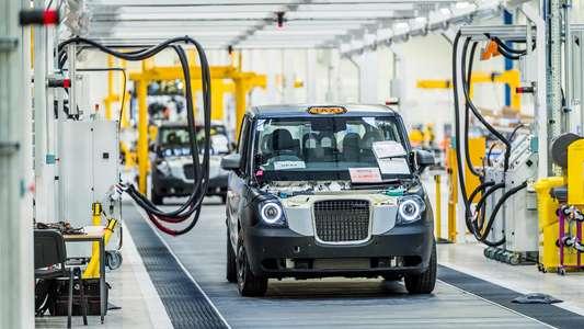 Китай везет: Geely запустила в Англии завод по производству гибридных таксомоторов