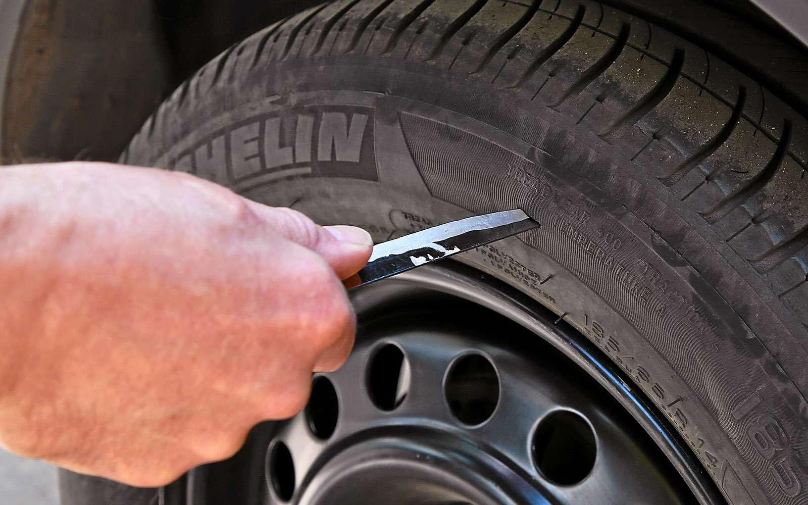 Ремонтируем проколотую шину—  тест 16ремкомплектов исоветы ЗР— фото 771842