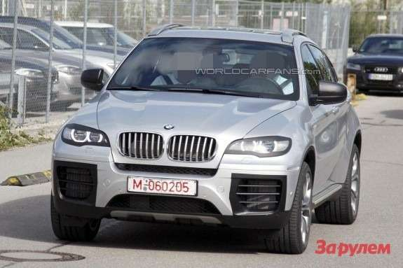 Facelifted BMW X6 front view