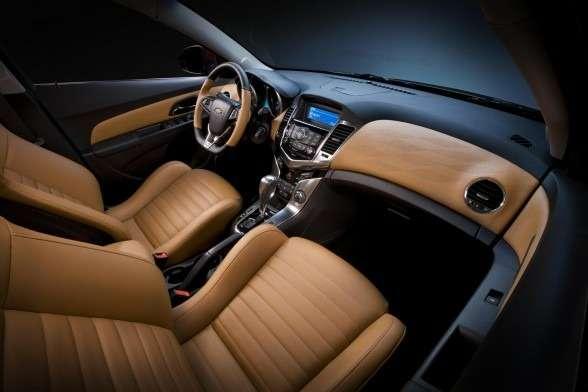 2011-Chevrolet-Cruze-Z-Spec-Concept_04