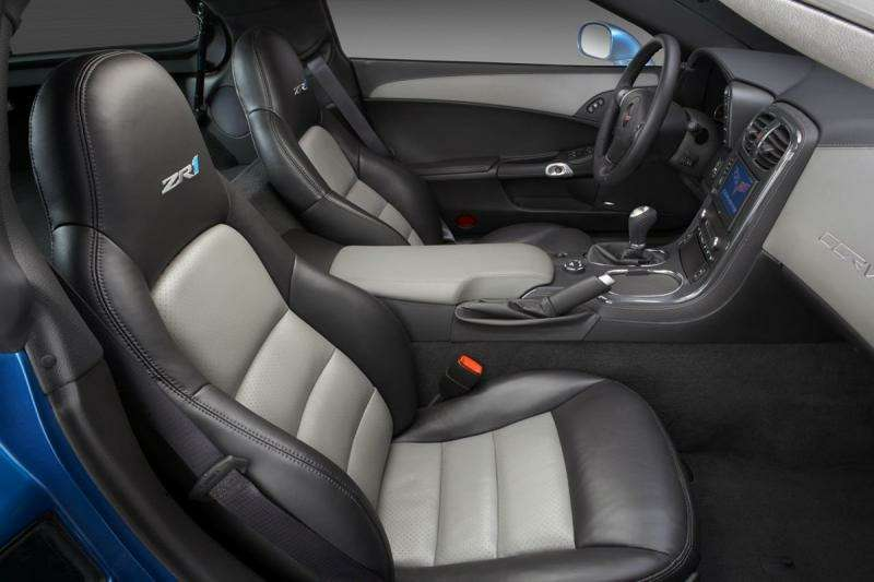 Chevrolet Corvette ZR-1на трассе Нюрбургринга: 7:26.4на круг— фото 348839