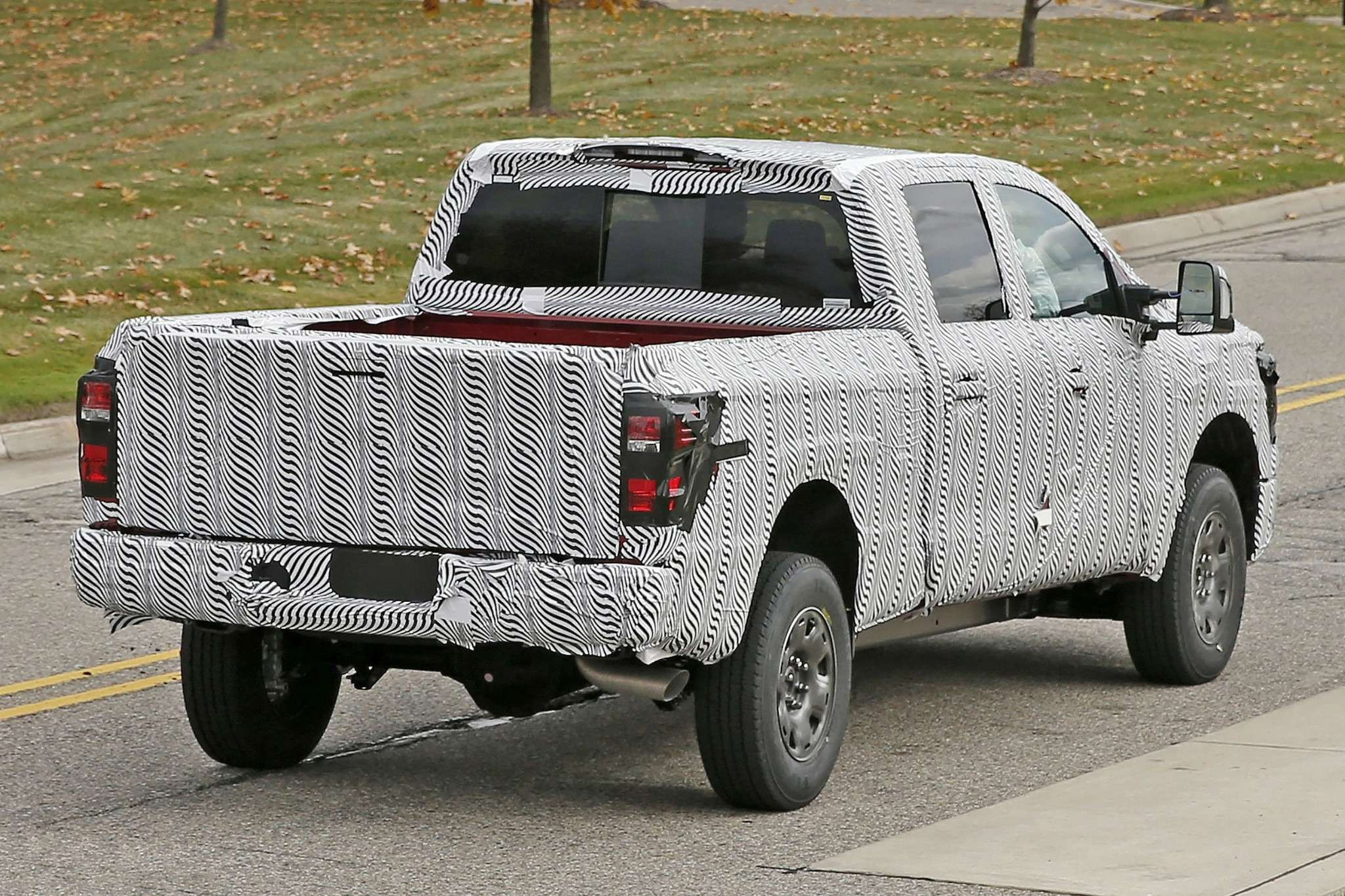 2016-nissan-titan-spied-testing-two-stage-turbo-diesel-photo-gallery_9