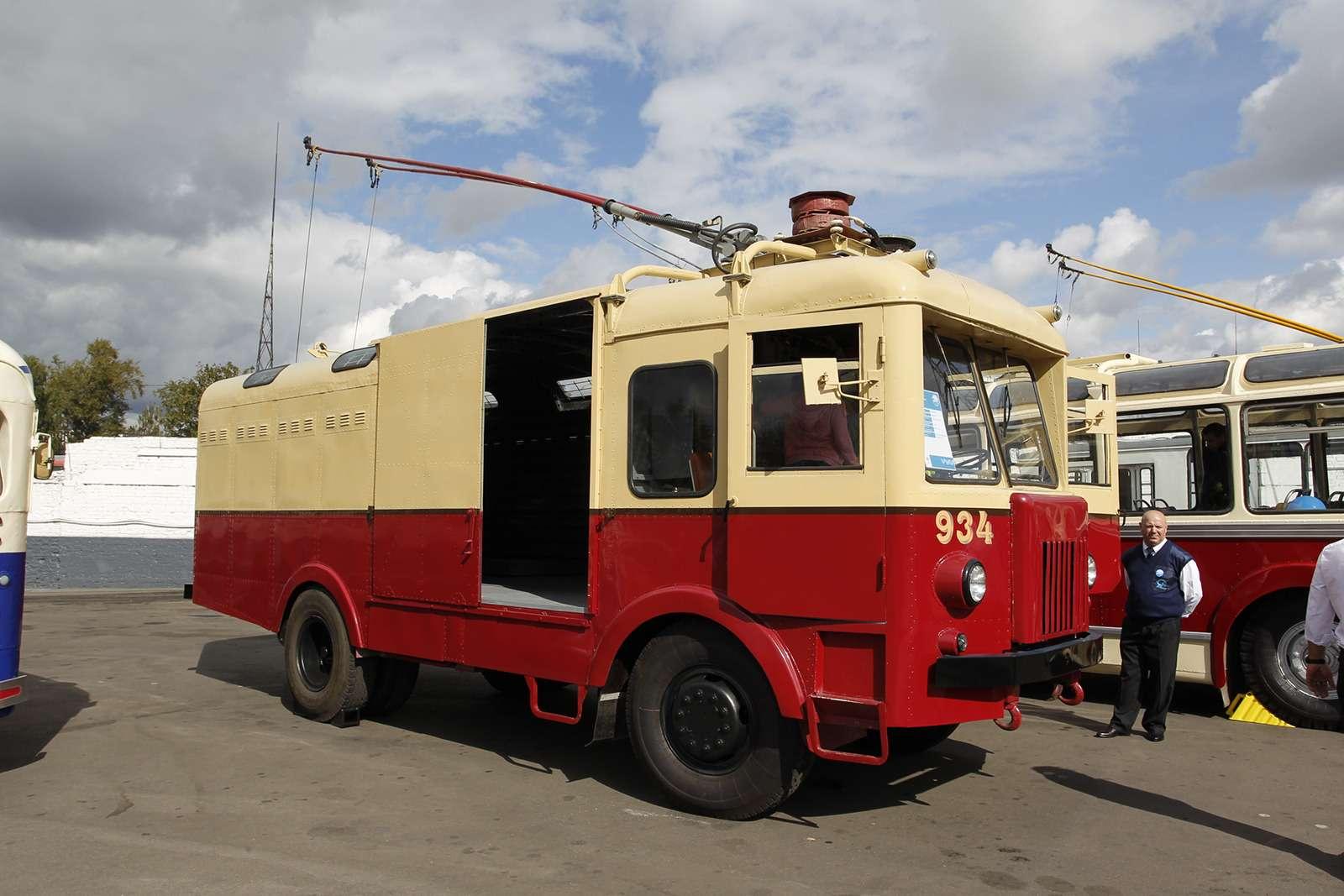 Автобусы нашего детства— выставка пассажирского транспорта— фото 792627