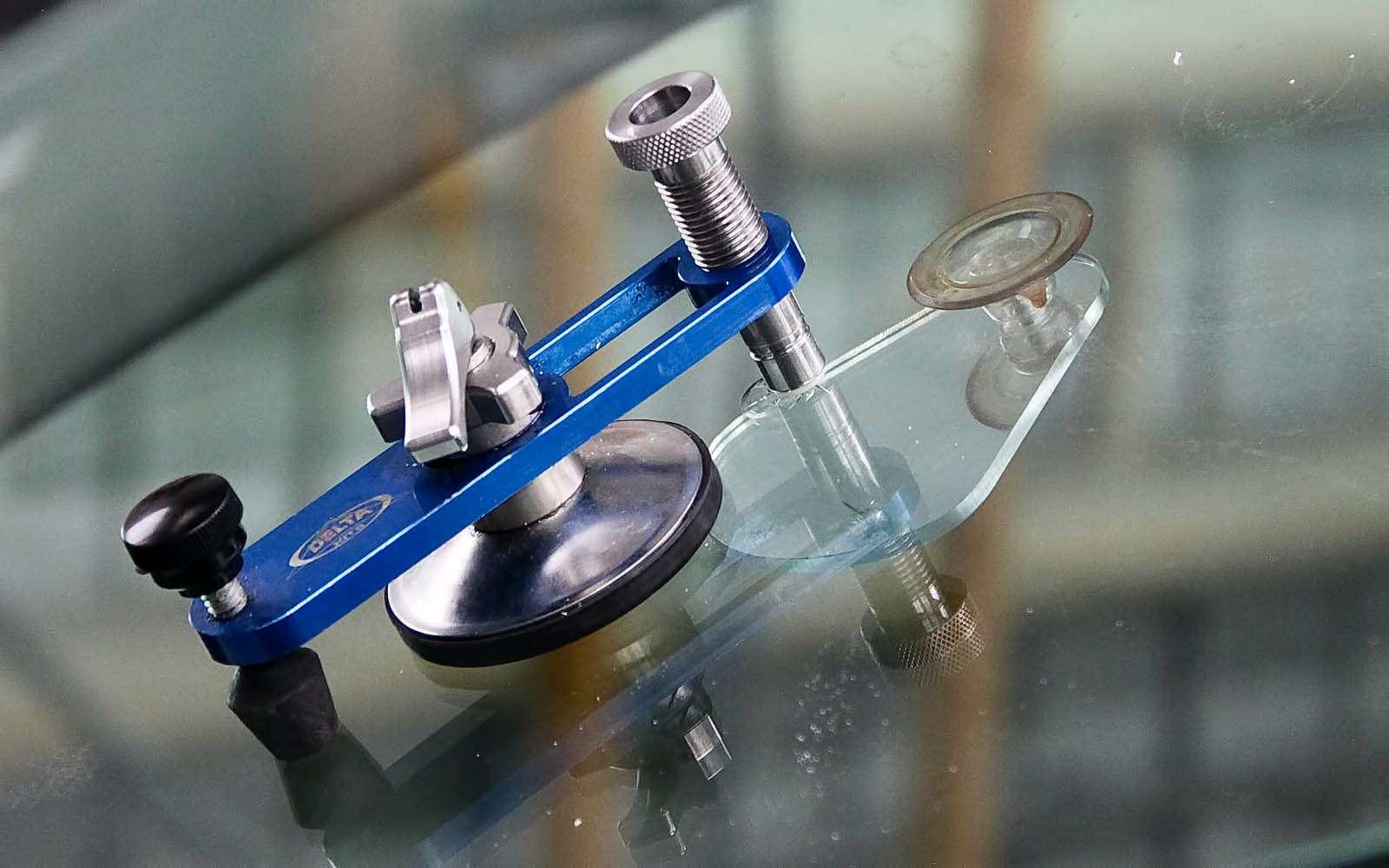 Наука маскировки: изучаем особенности ремонта стекол— фото 602903