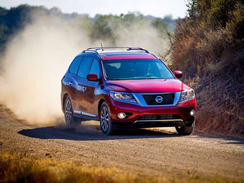 Nissan-Pathfinder_2013_1024x768_wallpaper_04