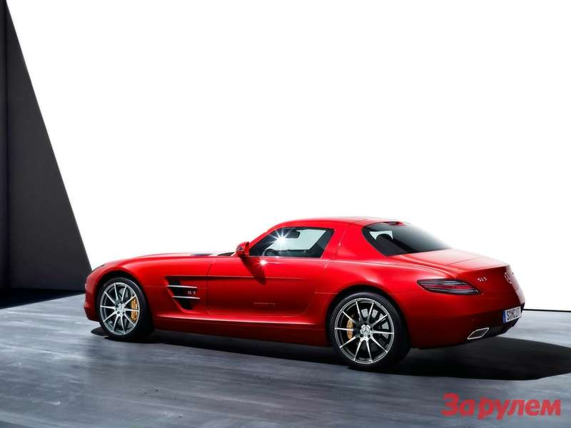 201004161818_2010_mercedes_benz_sls_amg_red_side_angle_1280x960