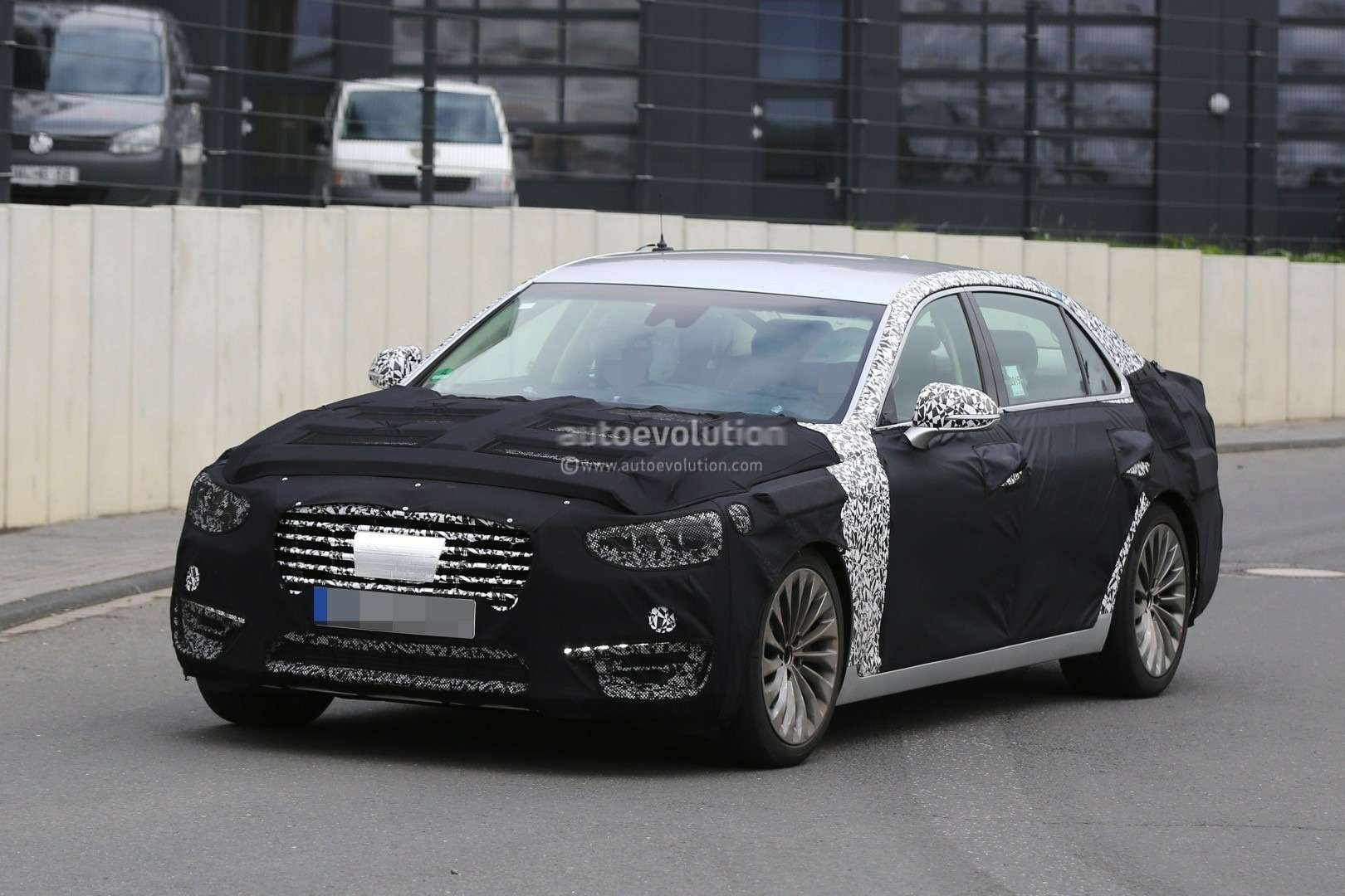 2017-hyundai-equus-spied-out-testing-in-germany-photo-gallery_2