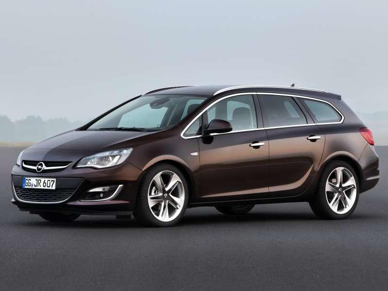 Opel_Astra_Wagon_2012