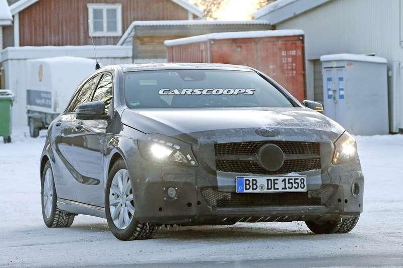2016-Mercedes-A-Class-FL2