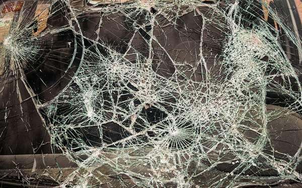 Многослойное стекло-триплекс