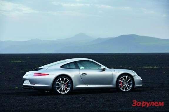 Porsche 911991 side-rear view