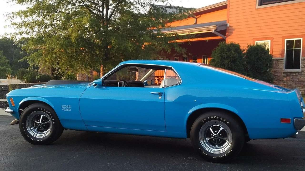 Дорогой наш Ford Mustang: четверть миллиона долларов залегенду— фото 648780
