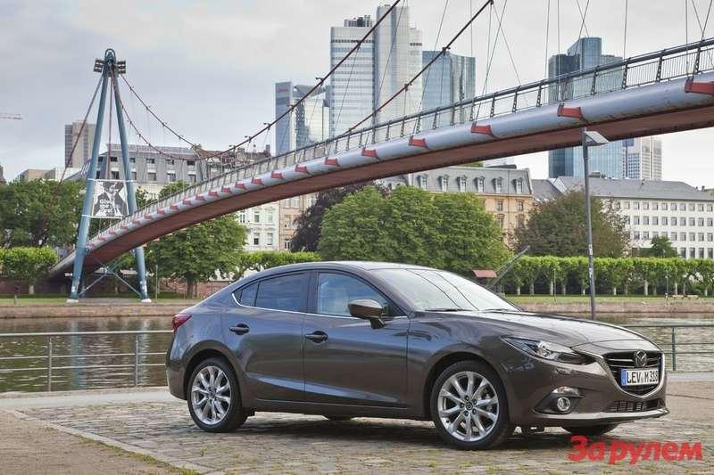Mazda3 2013 Sedan still 05 jpg72