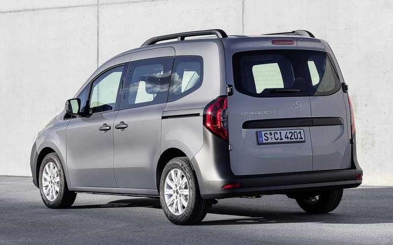 Mercedes набазе Renault— недорогая новинка