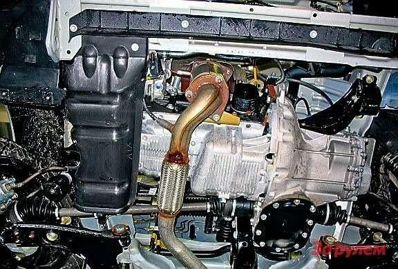 В штатном варианте силовой агрегат снизу ничем неприкрыт. Для пущего спокойствия установите защиту, вариантов которой нарынке великое множество.