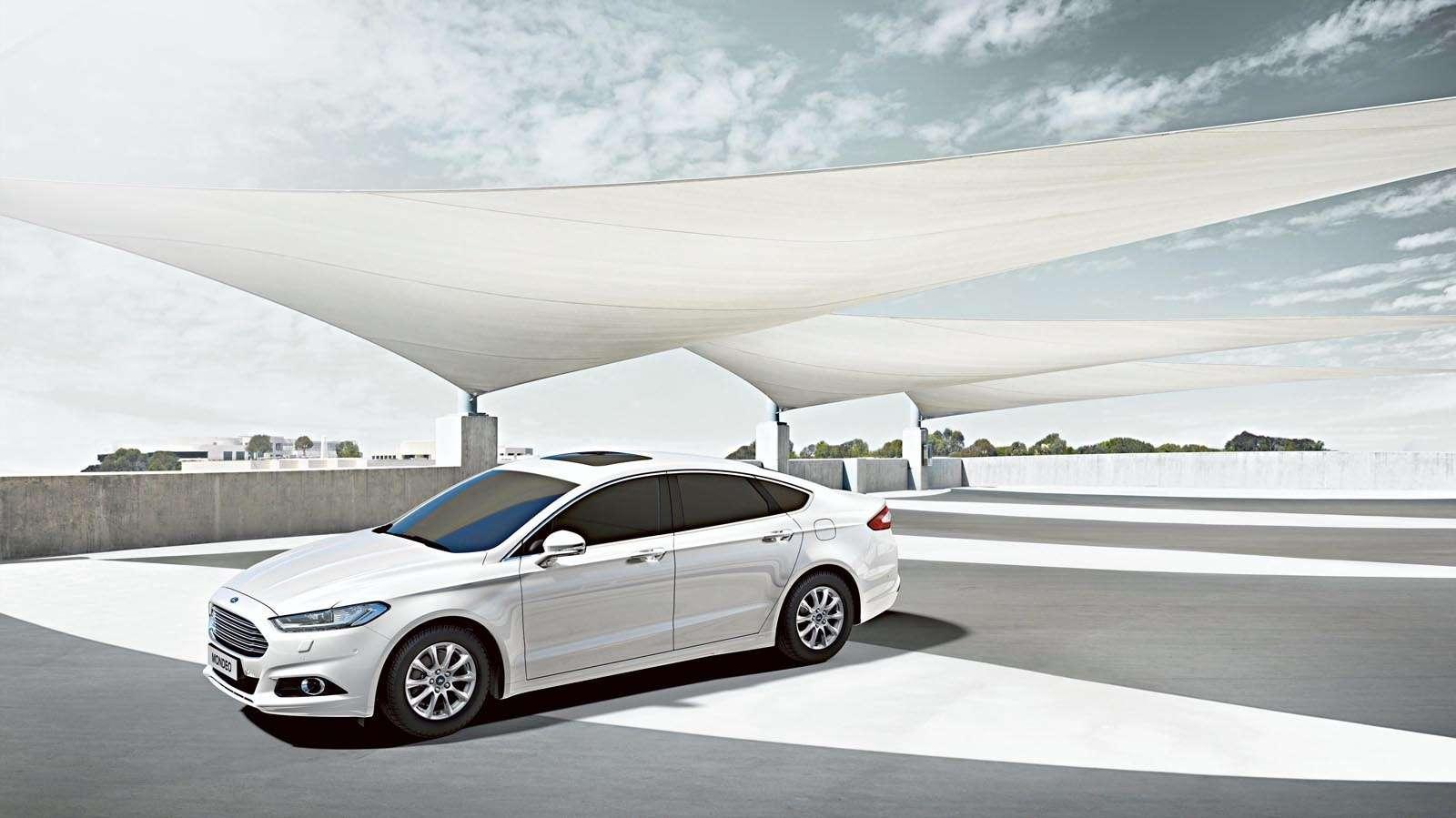 FordMondeo-Hybrid_01(1)