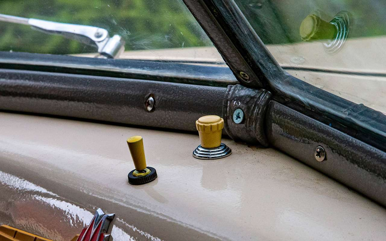 Уникальная Победа ГАЗ-М20: ретротест машины cкорой помощи— фото 1085327