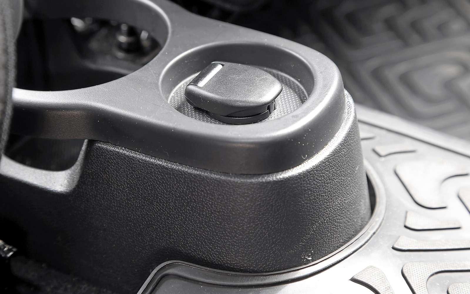 Renault Kaptur, Renault Duster, Suzuki Vitara: мода от-каптюр— фото 619988