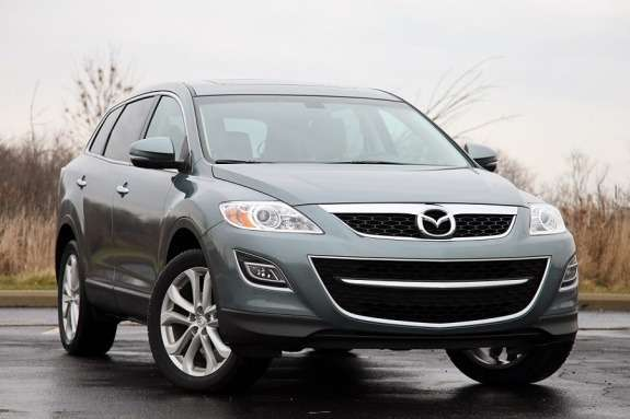 Mazda CX-9 side-front view