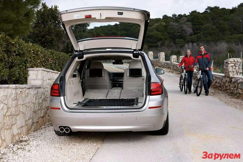 2011-BMW-5-Series-Touring9