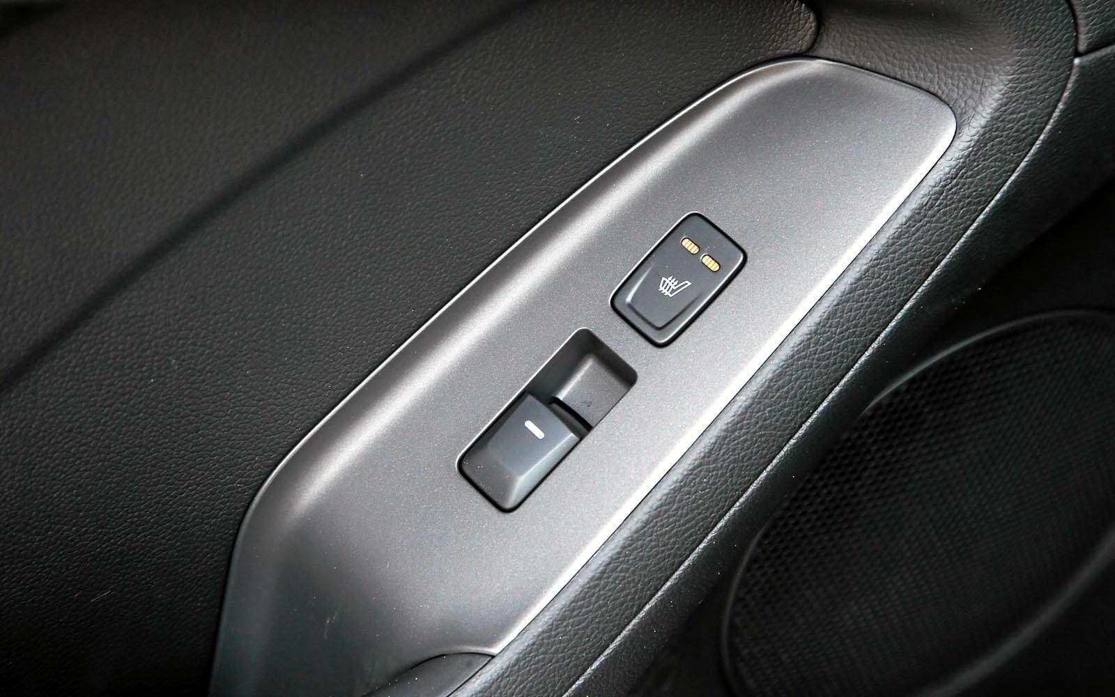 KiaCerato или Hyundai Elantra: что предпочесть?— фото 701681