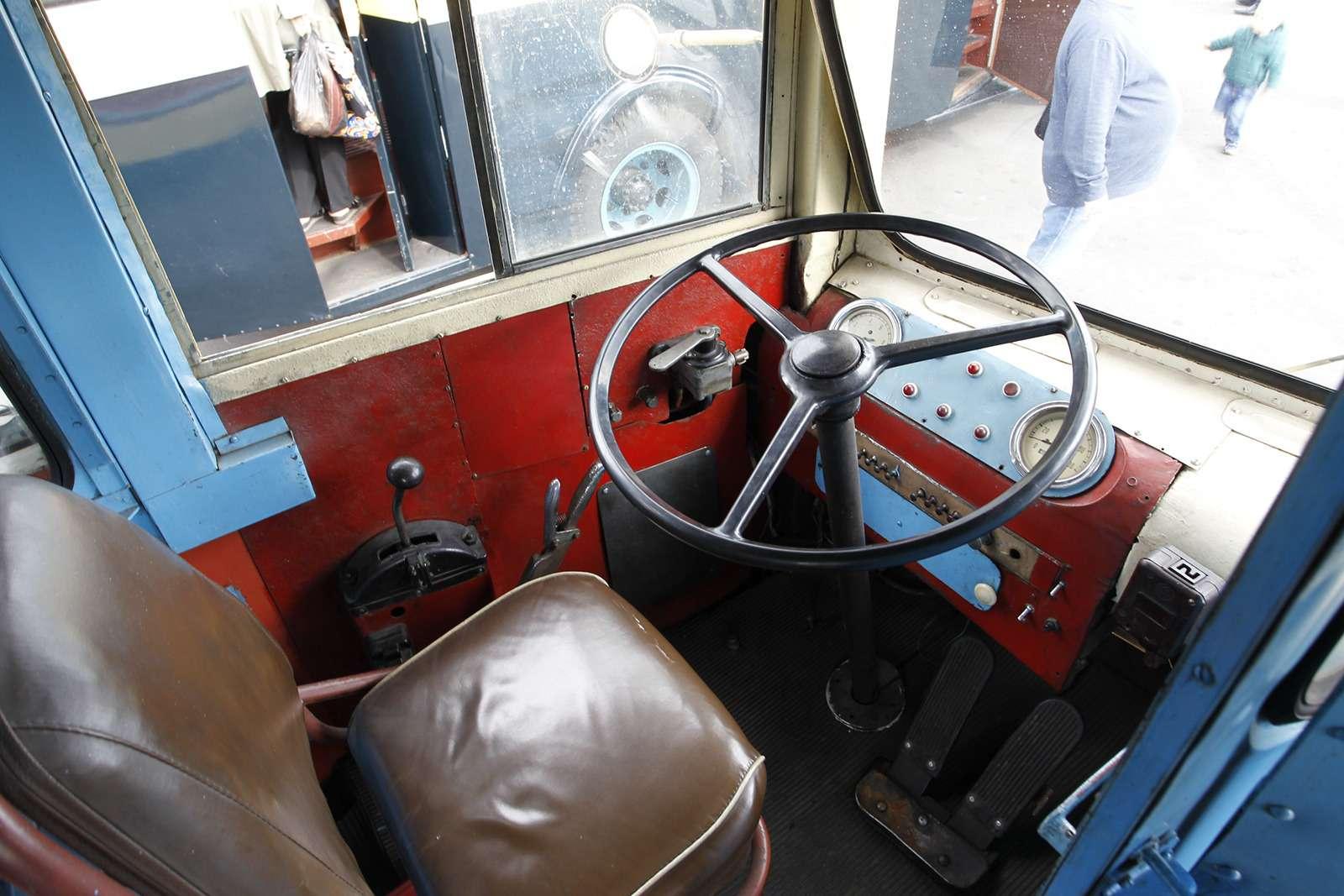 Автобусы нашего детства— выставка пассажирского транспорта— фото 792663