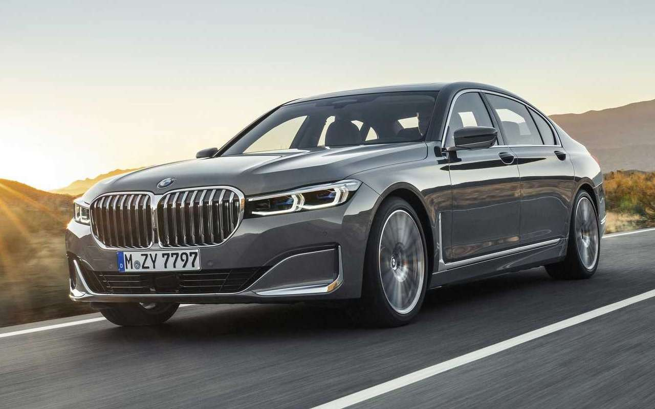 Обновленная «семерка» BMW: огромные ноздри и фары как у X7 — фото 940656