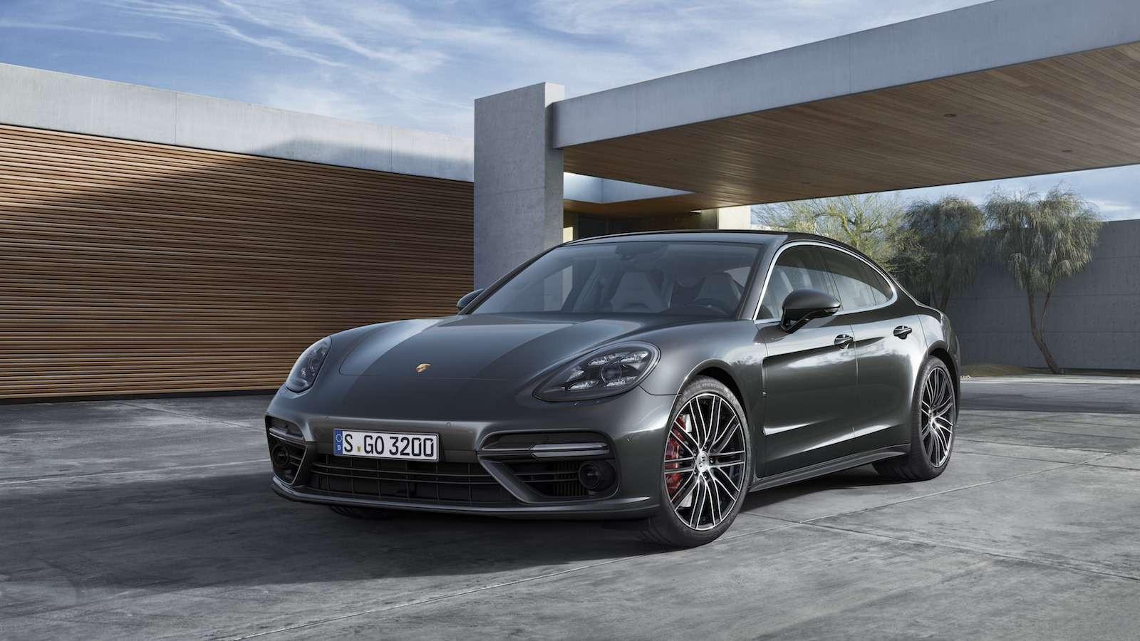 Новую Porsche Panamera показали российским СМИ— фото 630865