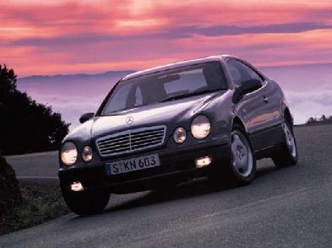 Mercedes_Benz_CLK_no_copyright