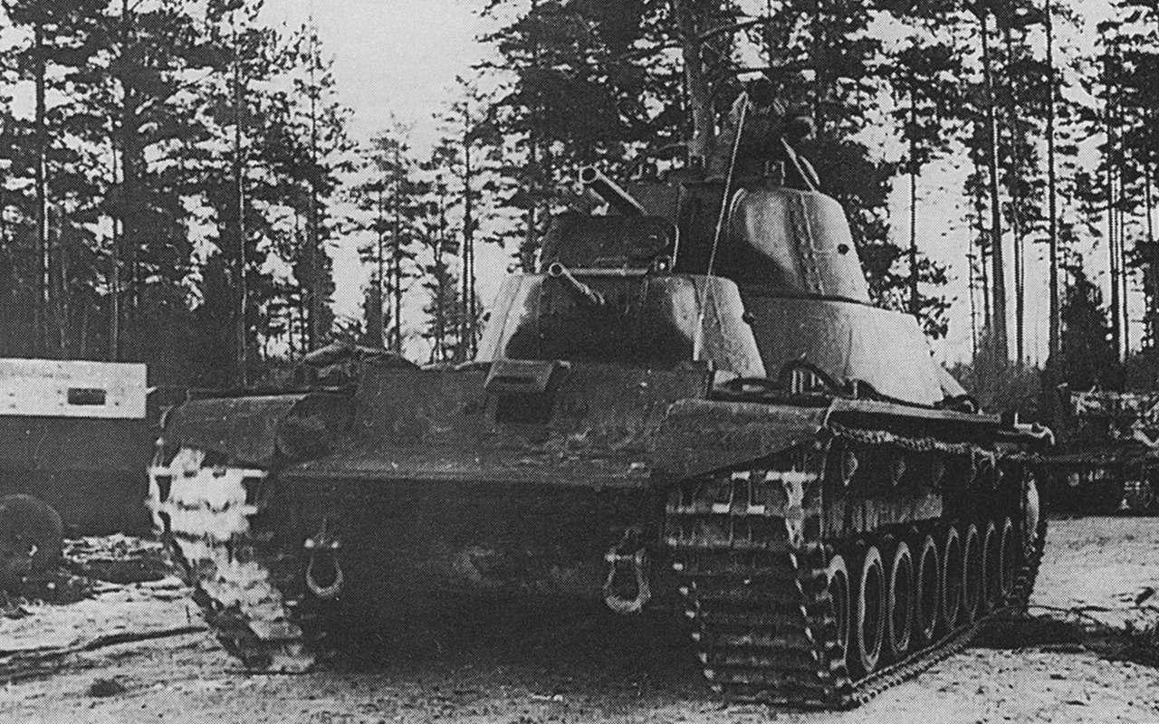 Экспериментальный советский танк: финны свинтили крышку люка— фото 1089025