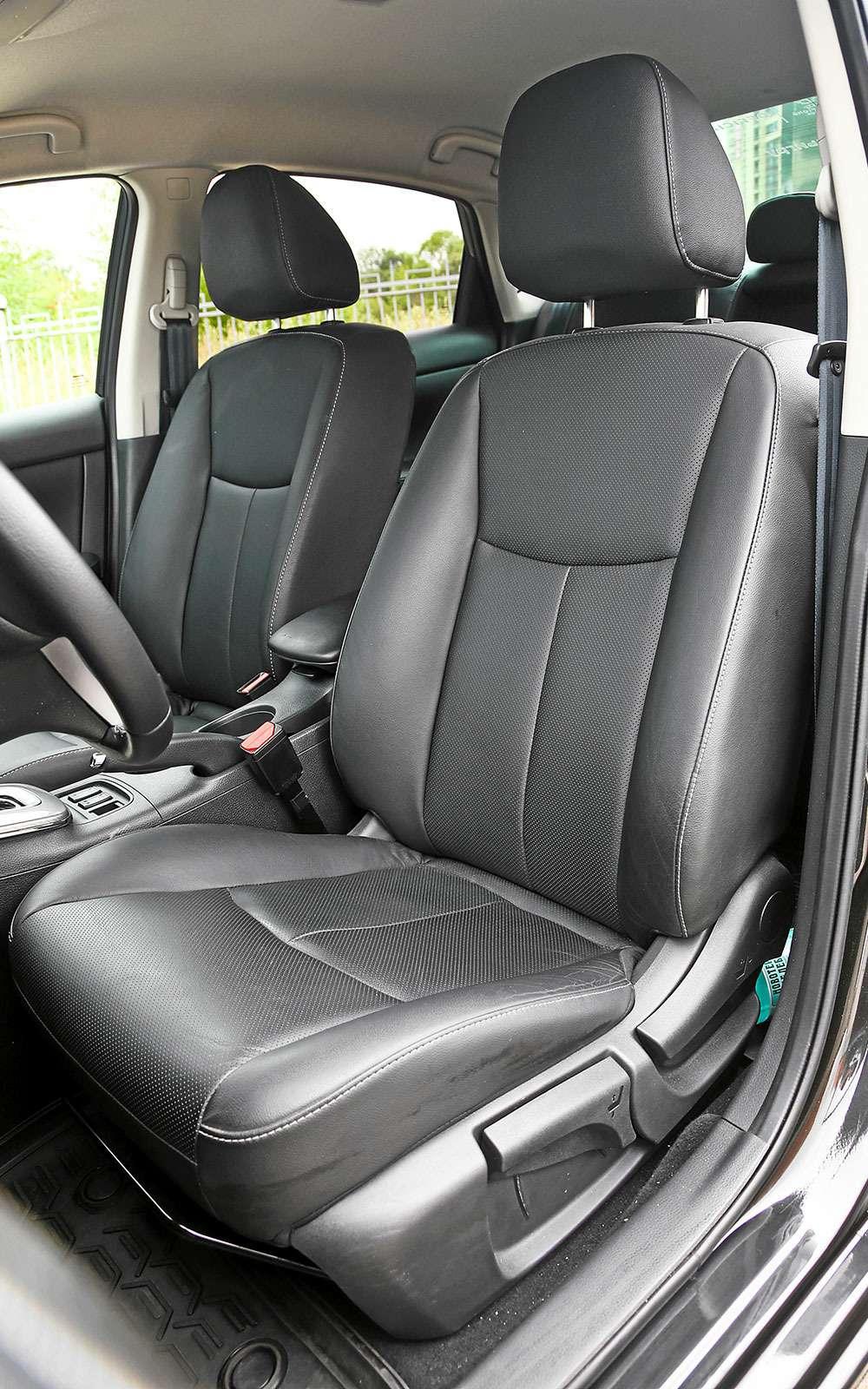 Сиденья Nissan Sentra