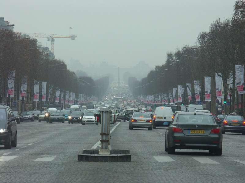 Париж готовится стать «полупешеходным городом»