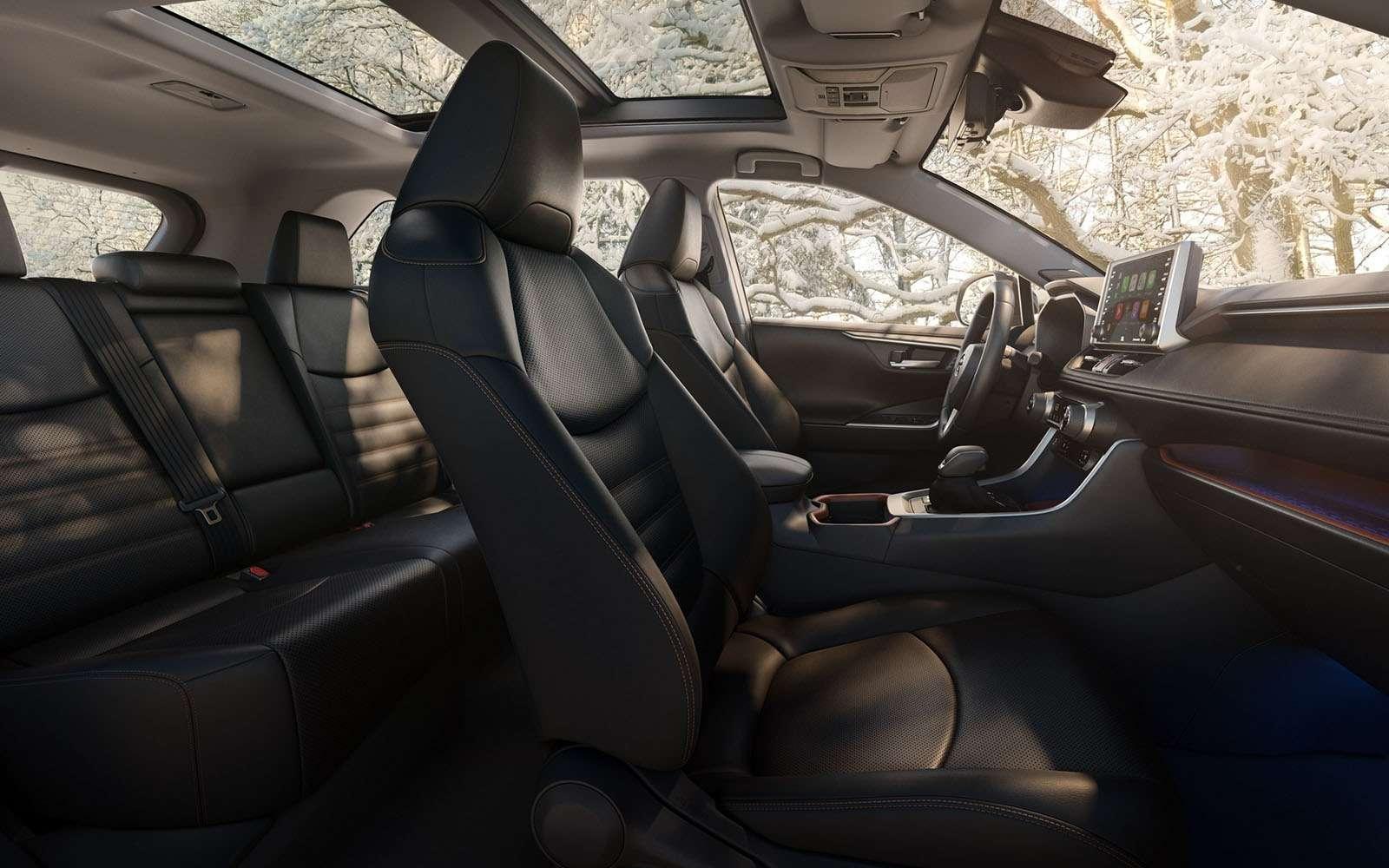 Новая Toyota RAV4: больше никакого унисекса!— фото 857657