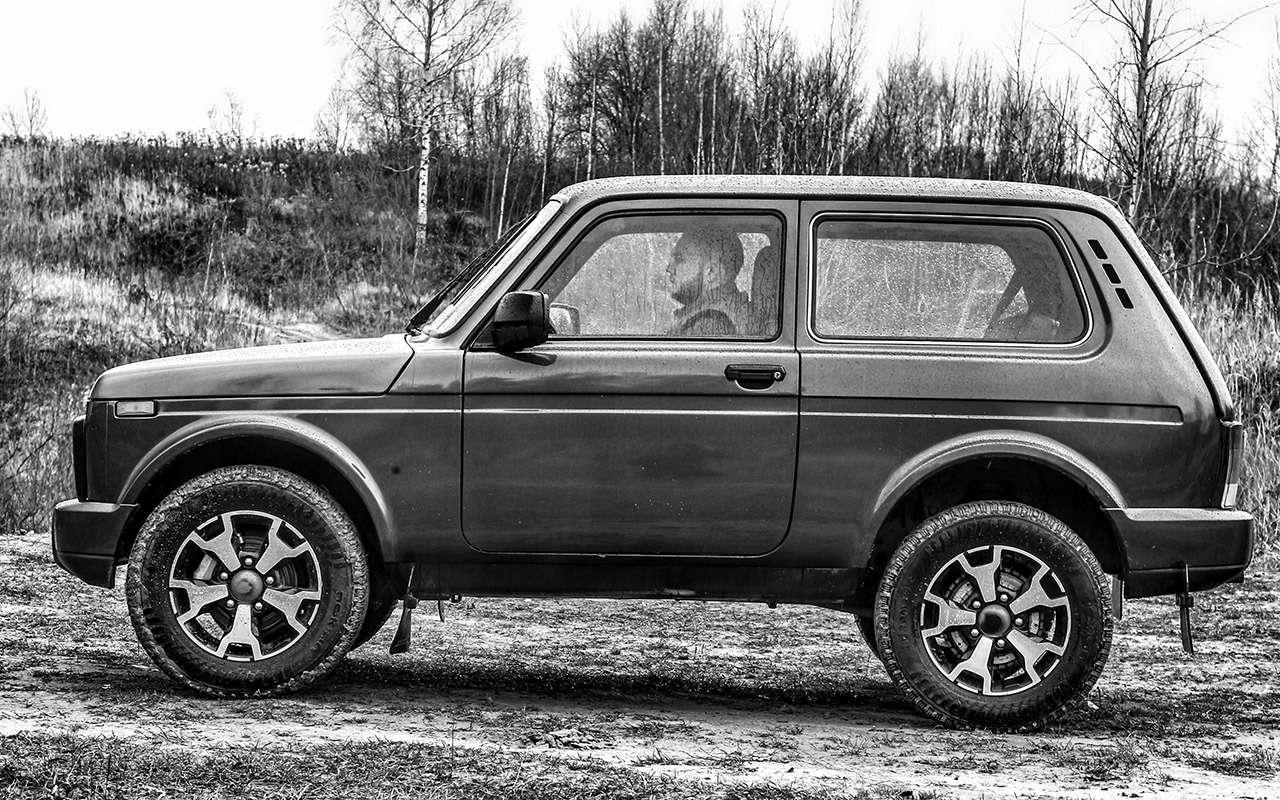 Тест-драйв легенд бездорожья: Lada 4x4, Suzuki Jimny, Jeep Wrangler— фото 1089434